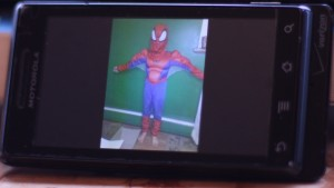 vertical orientation cell phone display, spiderman